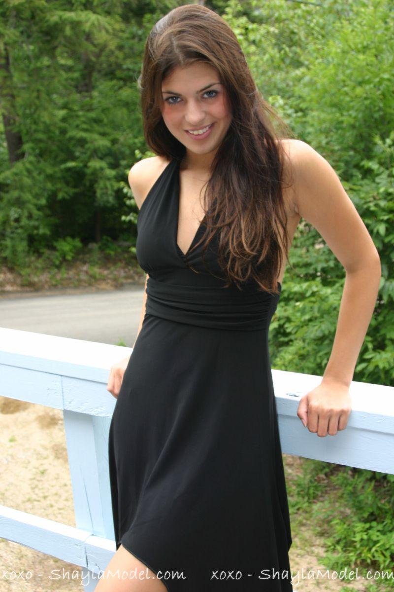 Shayla Model 79